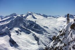 Großer Möseler, 3480 m, deseno zadaj Dolomiti