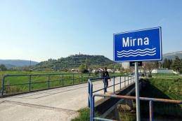 Most čez Mirno