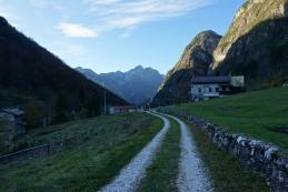 V dolino