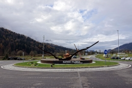 Krožišče v Ratečah