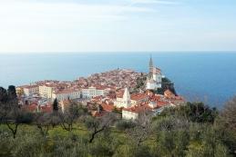 Pogled na Piran z obzidja