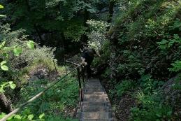 Po stopničkah