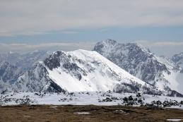 Ovčji vrh in Vrtača