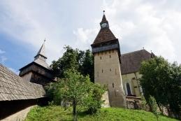 Utrjena cerkev