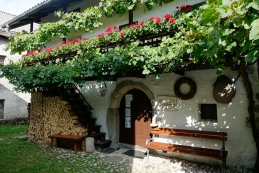 Gregorčičeva rojstna hiša